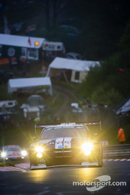 #123 Schulze Motorsport Nissan GT-R Nismo GT3 (SP9): Kazunori Yamauchi, Michael Schulze, Tobias Schu