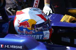 Jean-Eric Vergne, Scuderia Toro Rosso STR8 com um capacete em homenagem ao Francois Cevert (FRA)