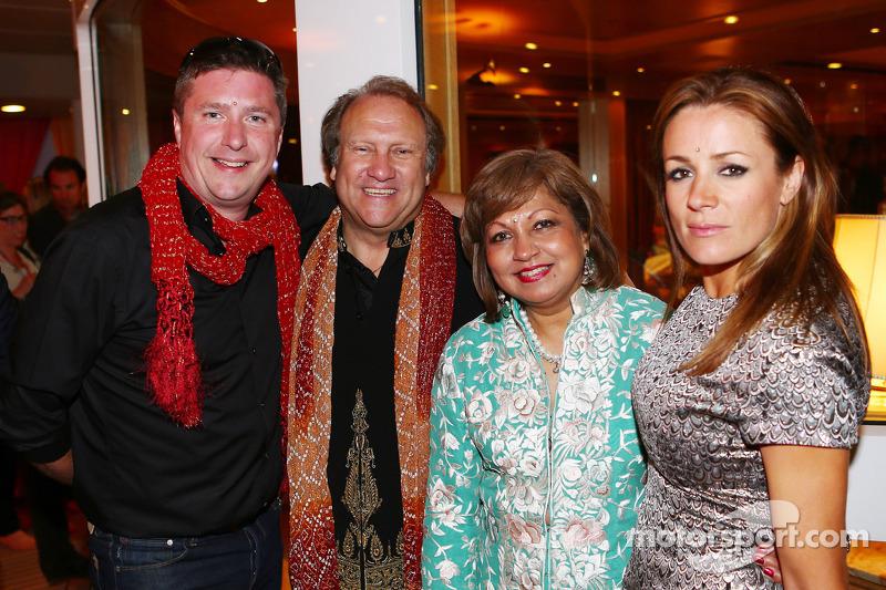 (L to R): David Croft, Sky Sports Commentator with Bob Fernley, Sahara Force India F1 Team Deputy Te