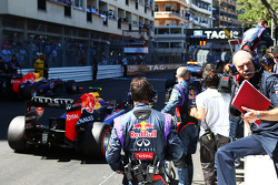 Adrian Newey, Red Bull Racing Chief Technical Officer on the grid as the race is stopped