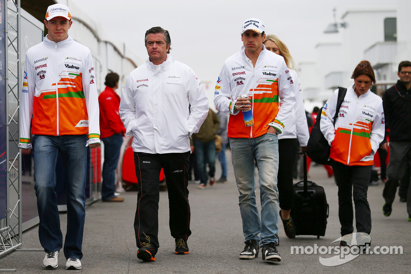 (L to R): Paul di Resta, Sahara Force India F1 with Andy Stevenson, Sahara Force India F1 Team Manager and Adrian Sutil, Sahara Force India F1