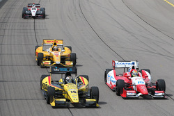 Graham Rahal, Rahal Letterman Lanigan Racing Honda and Justin Wilson, Dale Coyne Racing Honda