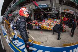 Pit stop for #45 OAK Racing Morgan LMP2 Nissan: Jacques Nicolet, Jean-Marc Merlin, Philippe Mondolot