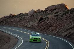 #317 BMW 325i: Jamie Melhuish