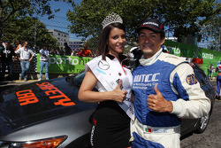 Miss Yokohama and Bruno Correia, Safety car driver