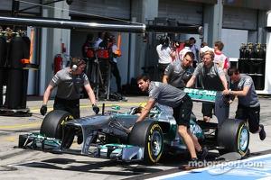 Lewis Hamilton, Mercedes AMG F1 W04 pushed along the pit lane