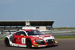 #5 Phoenix Racing Audi R8 LMS ultra: Enzo Ide, Anthony Kumpen