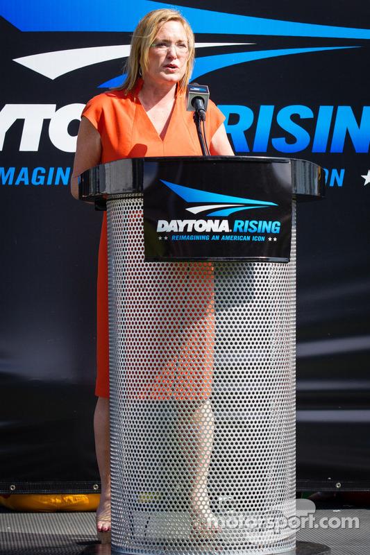 Daytona Rising Event: Chefe Executiveo, France Kennedy