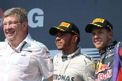 Ross Brawn, Mercedes GP, Director técnico, Lewis Hamilton, Mercedes AMG F1, Sebastian Vettel y Red B