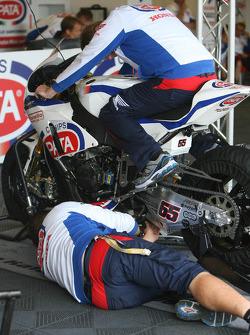 Pata Honda World Superbike