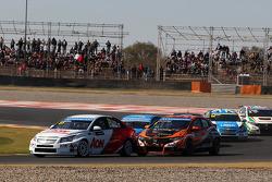 Tom Chilton, Chevrolet Cruze 1.6 T, RML e Norbert Michelisz, Honda Civic, Zengo Motorsport