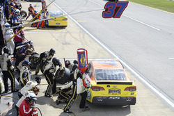 Chris Buescher, JTG Daugherty Racing Chevrolet, makes a pit stop