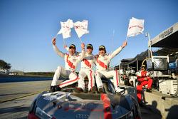 Race winners Kelvin van der Linde, Pierre Kaffer, Markus Winkelhock, Team Magnus