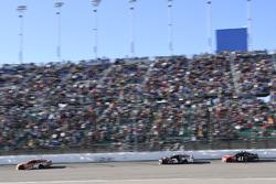 Daniel Suarez, Joe Gibbs Racing Toyota, Austin Dillon, Richard Childress Racing Chevrolet, Kurt Busch, Stewart-Haas Racing Ford