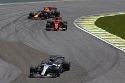 Valtteri Bottas, Mercedes AMG F1 W08, Kimi Raikkonen, Ferrari SF70H, Max Verstappen, Red Bull Racing RB13