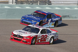 Sam Hornish Jr, Team Penske Ford, Elliott Sadler, JR Motorsports Chevrolet