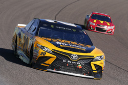 Matt Kenseth, Joe Gibbs Racing Toyota, Jamie McMurray, Chip Ganassi Racing Chevrolet