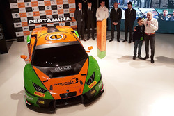 Grasser Racing Team Lamborghini Huracan GT3, Armando Donazzan, Orange1 Racing owner and young novelist Alessandro 'Spiz' Vezzani