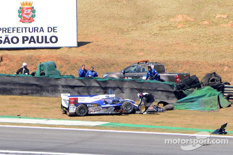 Crash voor Anthony Davidson, Sebastien Buemi, Stephane Sarrazin