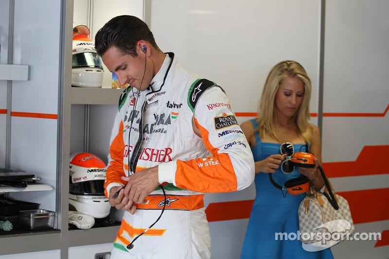 Adrian Sutil, Sahara Force India F1 met vriendin Jennifer Becks