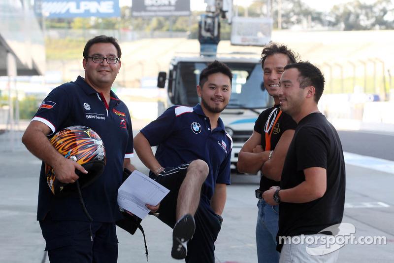 (L-D) Dominik Greiner, BMW 320 TC, PB Racing en Darryl O'Young, BMW E90 320 TC, ROAL Motorsport