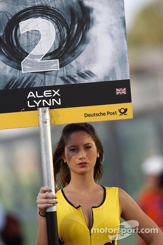 Grid girl de Alex Lynn
