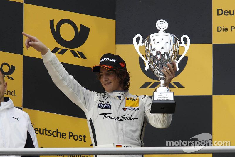 Podio: Roberto Merhi, Mercedes AMG DTM-Team HWA DTM Mercedes AMG C-Coupe en 2013