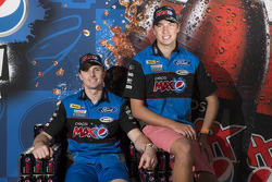 Chaz Mostert joins Mark Winterbottom at Ford Performance Racing
