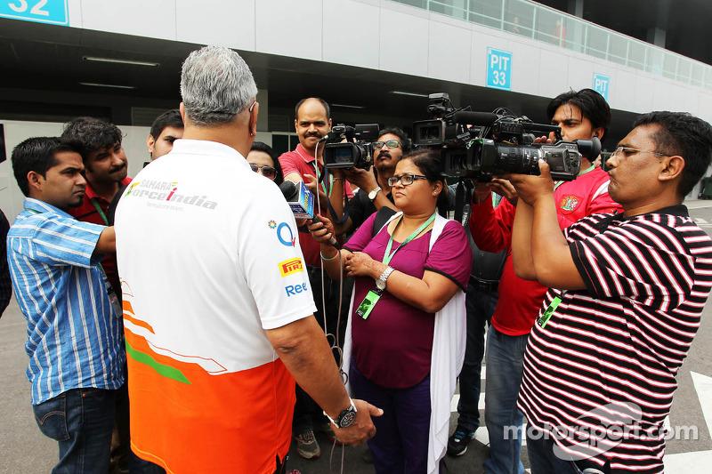 Dr. Vijay Mallya, Sahara Force India F1 Team Owner with the media
