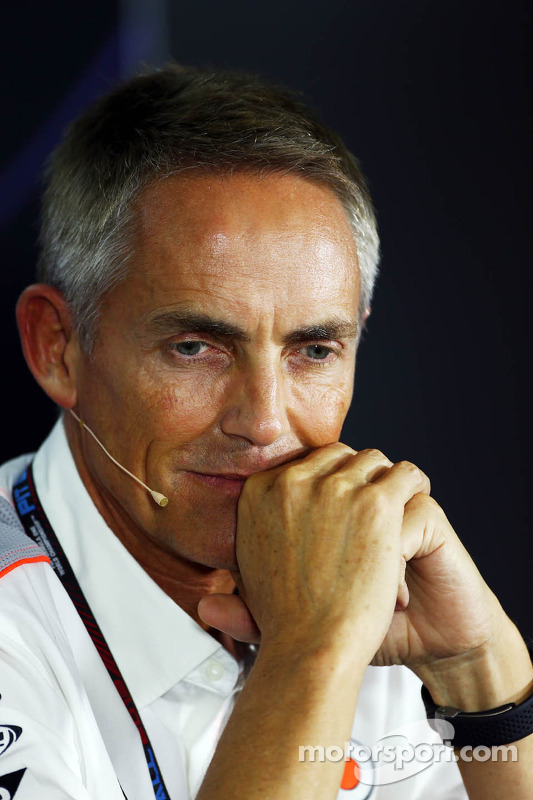 Martin Whitmarsh, McLaren Chief Executive Officer bij de FIA-persconferentie
