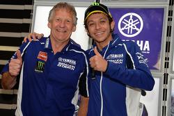 Valentino Rossi, Yamaha Factory Racing, et Jeremy Burgess