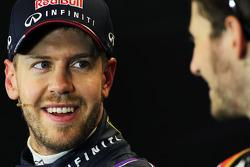 (Da esquerda para direita): Sebastian Vettel, Red Bull Racing e Romain Grosjean, Lotus F1 Team, na coletiva de imprensa da FIA