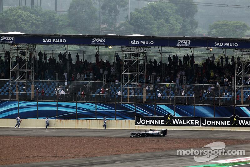 Гран При Бразилии-2013: сход как олицетворение трудного сезона