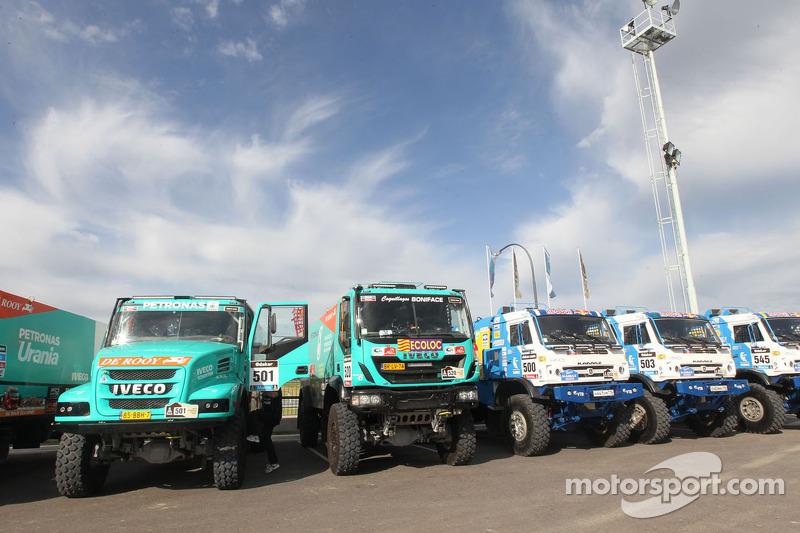 Camiones en fila para las verifiaciones técnicas