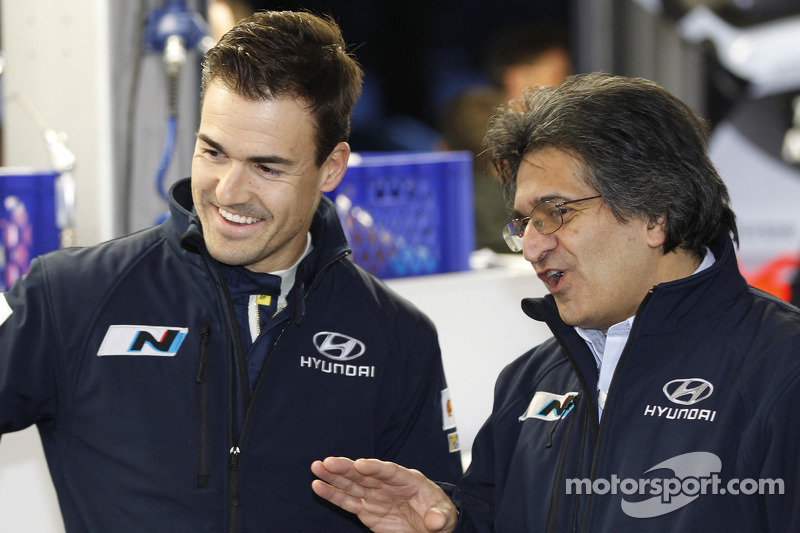 Daniel Sordo and Michel Nandan, Hyundai Motorsport team principal