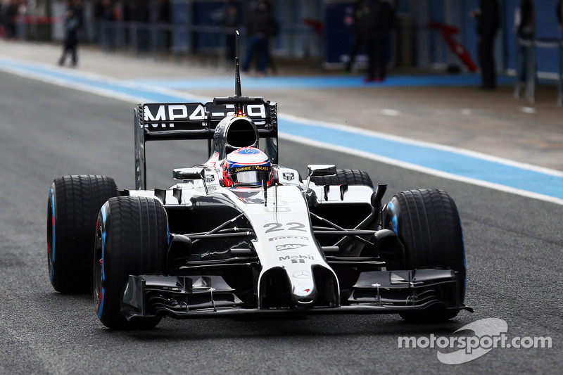Jenson Button, McLaren MP4-29 - primo giro