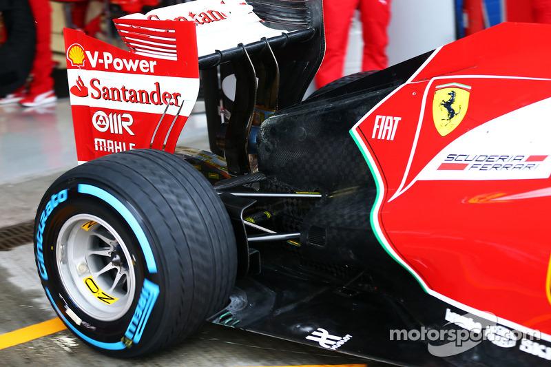 Ferrari F14-T arka süspansiyon detayı
