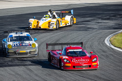 #99 GAINSCO / Bob Stallings Racing 雪佛兰克尔维特 DP 雪佛兰: 阿历克斯·格尼, 琼·福格蒂, 达伦·劳, 梅末·吉德利, #44 Magnus Racing 保时捷 911 GT America 保时捷: 约翰·波特, 安迪·拉利, 沃尔夫·亨泽尔, 让-弗朗索瓦·迪穆兰