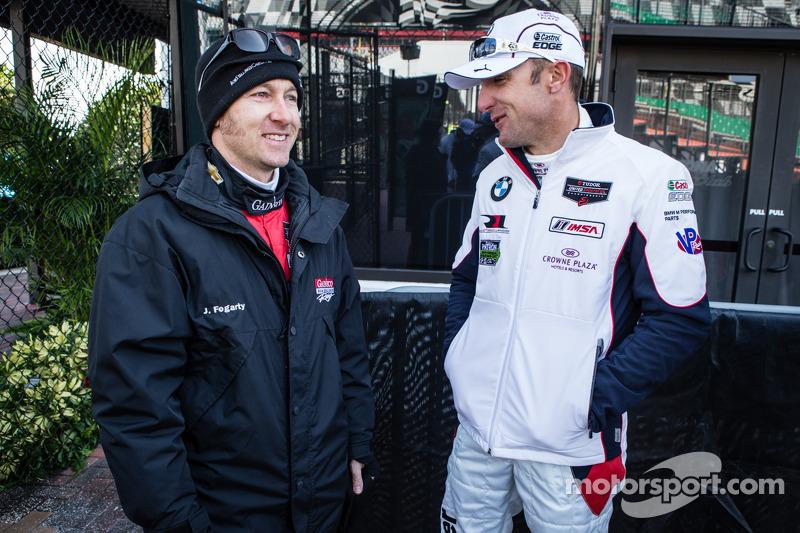Şampiyonların fotoğraf çekimi: Jon Fogarty ve Joey Hand