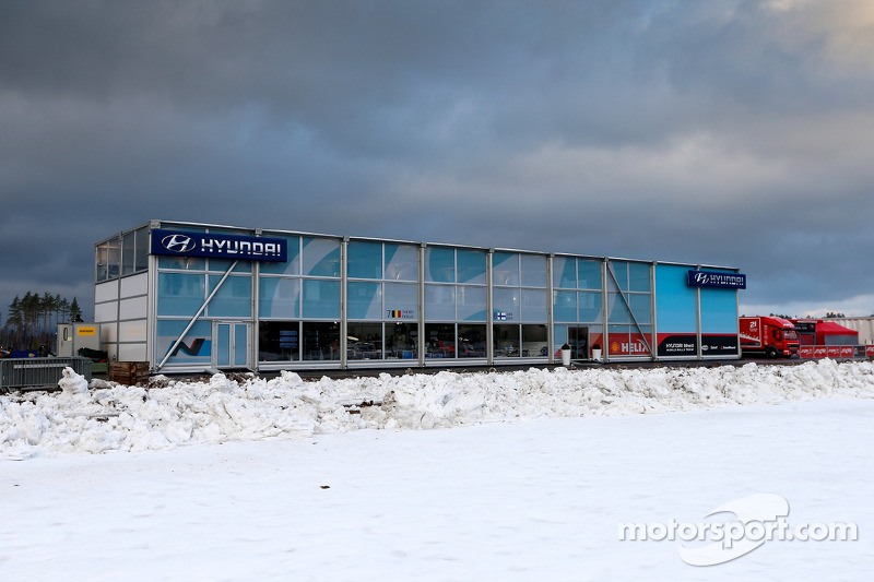 Hyundai takım alanı
