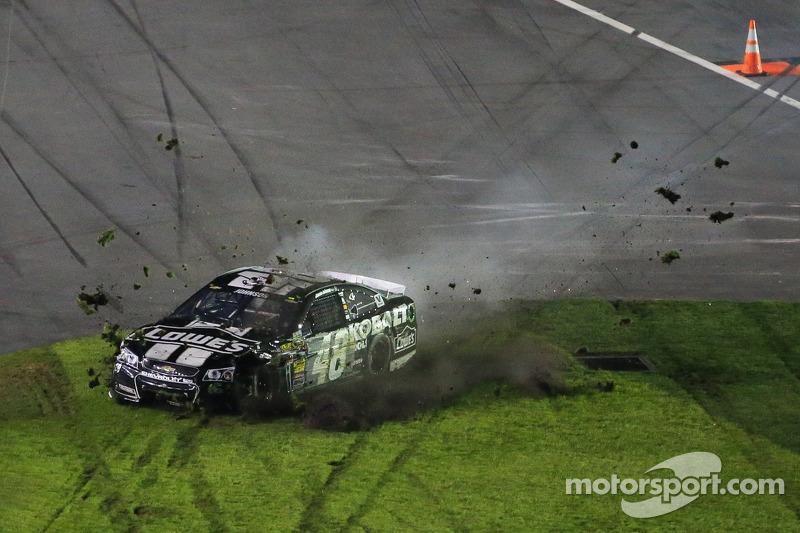 Jimmie Johnson, Hendrick Motorsports Chevrolet incidente
