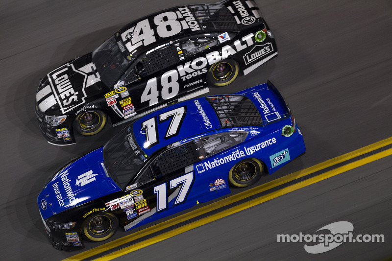 Jimmie Johnson e Ricky Stenhouse Jr.