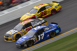 Ricky Stenhouse Jr., Ryan Newman,和Joey Logano