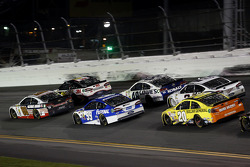Dale Earnhardt Jr., Hendrick Motorsports Chevrolet, Carl Edwards, Roush Fenway Racing Ford, Matt Kenseth, Joe Gibbs Racing Toyota
