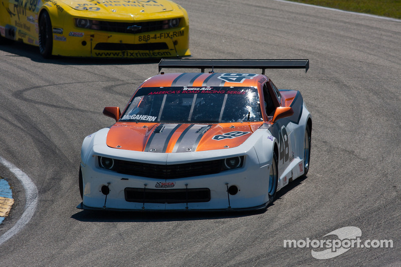 #48 Ottawa Solar Power/BC Race Cars 雪佛兰 科迈罗: Michael McGahern
