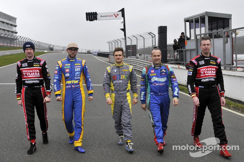 5 BTCC Champions Gordon Shedden, Andrew Jordan, Colin Turkington, Fabrizio Giovanardi e Matt Neal che erano tutti in azione a Brands Hatch