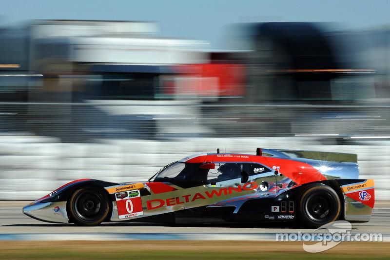 #0 DeltaWing Racing Cars DeltaWing DWC13 Elan: Andy Meyrick, Katherine Legge, Gabby Chaves