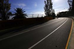 Адриан Сутиль. ГП Австралии, Вторая пятничная тренировка.