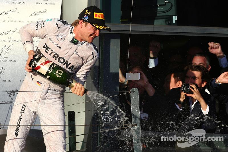 1st place Nico Rosberg, Mercedes AMG F1 W05
