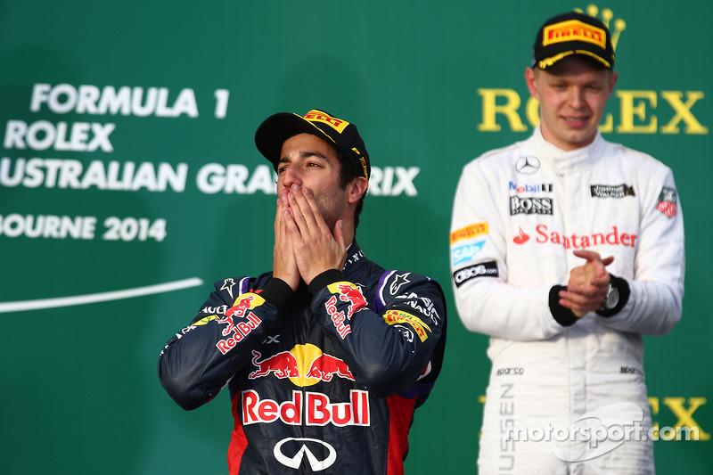 Daniel Ricciardo, Red Bull Racing RB10 and Kevin Magnussen, McLaren MP4-29
